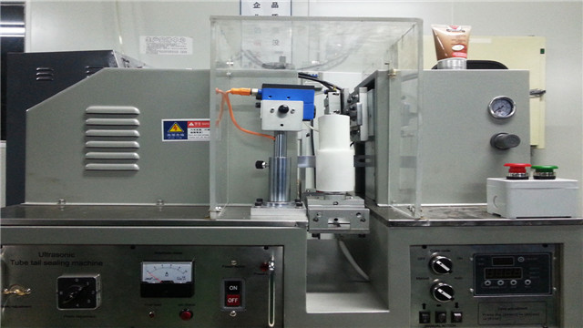 ultrasound tube laminated plastic tubes sealing equipment ultrasonic sealer machinery semi automatic
