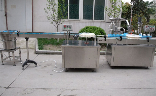 aerosol filling line automatic bottle unscrambler linear filling rotary screw capping vertical labeling equipment