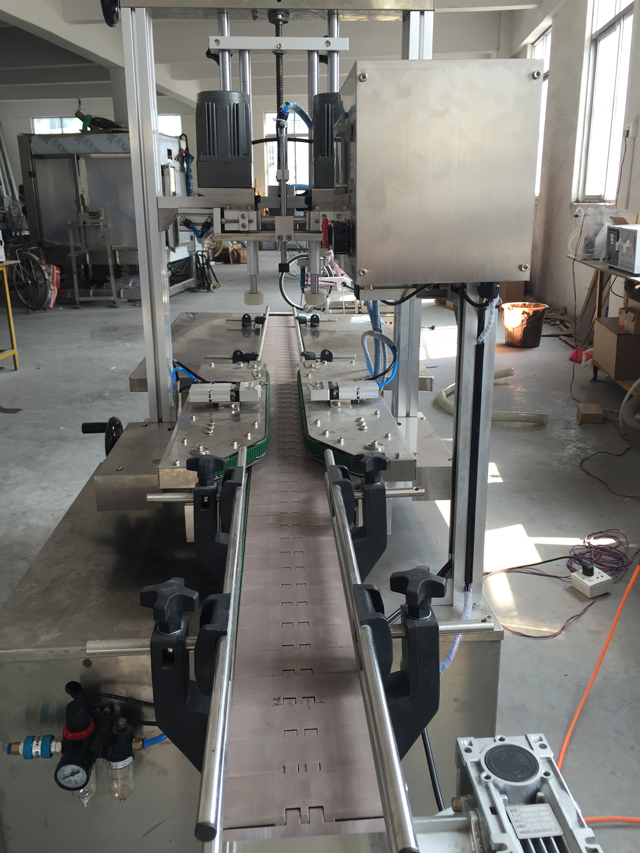 conveyor belt for linear capping machine.jpg