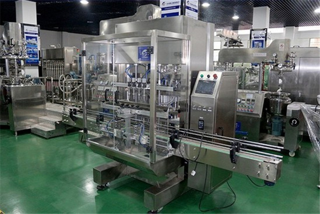 linear liquid filling machine automatic pneumatic with servo motor filler machinery equipments juice water wine milk low viscosity materials