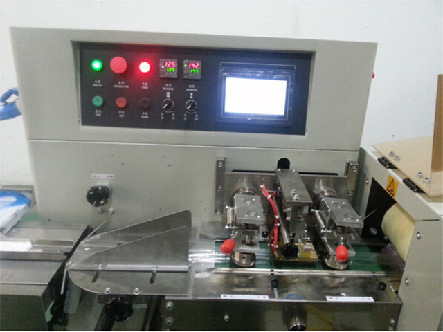 control panel of Computer control fast pillow packing machin